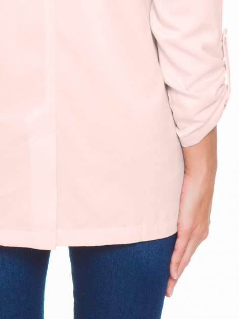 Pasteloworóżowy żakiet boyfriend jacket z podwijanymi rękawami                                  zdj.                                  9