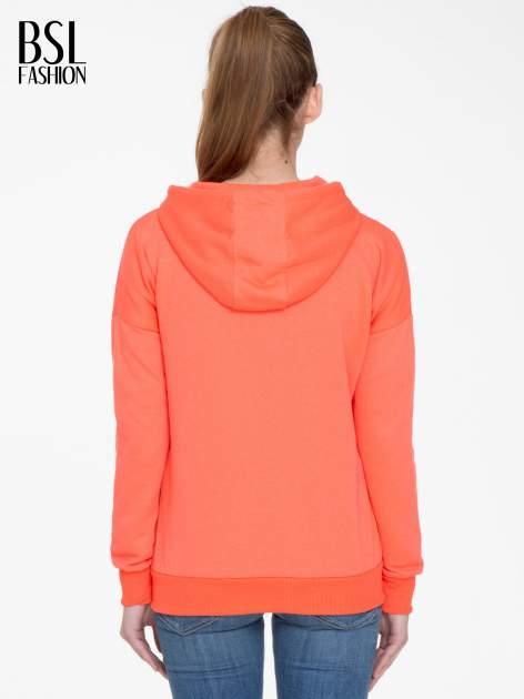 Pomarańczowa bluza damska z kapturem zasuwana na suwak                                  zdj.                                  4