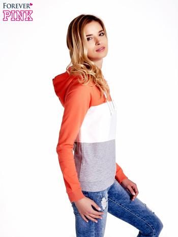 Pomarańczowa bluza z kapturem z białym i szarym wykończeniem                                  zdj.                                  3