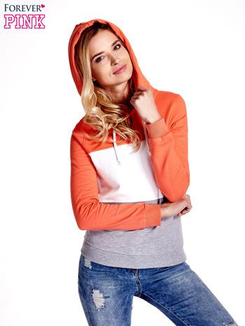 Pomarańczowa bluza z kapturem z białym i szarym wykończeniem                                  zdj.                                  1