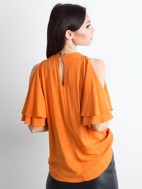 Pomarańczowa bluzka z wycięciami na ramionach                              zdj.                              2