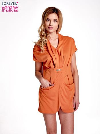 Pomarańczowa drapowana sukienka z kieszeniami                                  zdj.                                  1