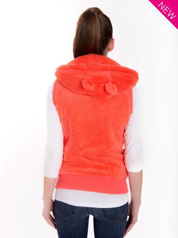 Pomarańczowa kamizelka z kapturem z uszkami i pomponami                                  zdj.                                  2