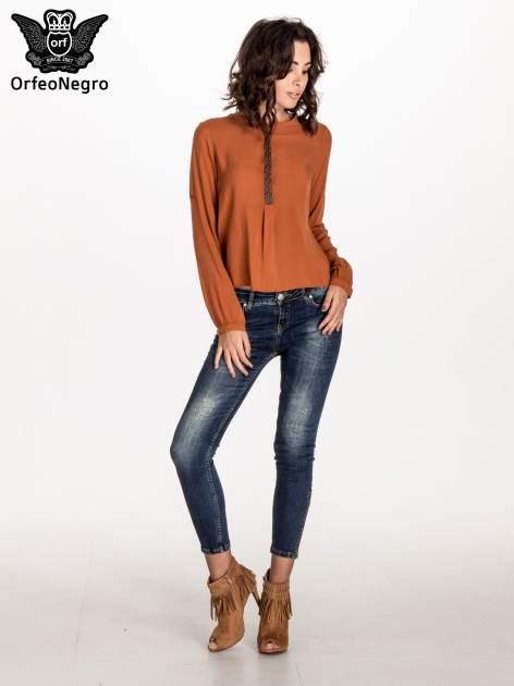 Pomarańczowa koszula ze wzorzystą wstawką w stylu etno                                  zdj.                                  4