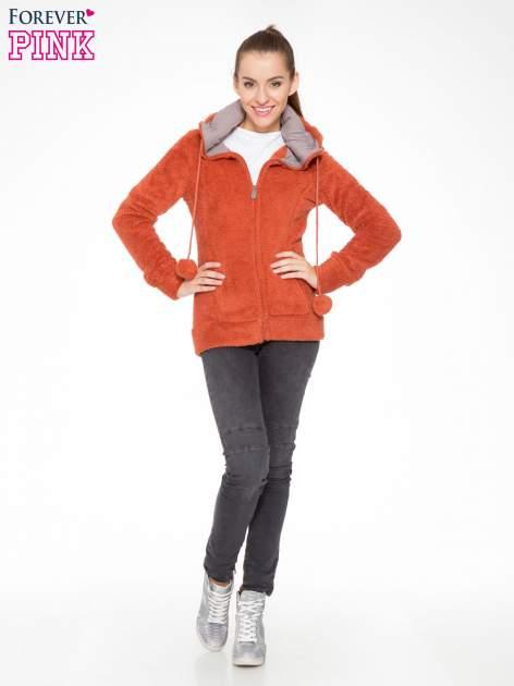 Pomarańczowa polarowa bluza miś z kapturem z uszkami i pomponami                                  zdj.                                  2