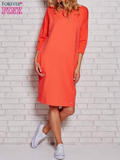 Pomarańczowa prosta sukienka dresowa                                  zdj.                                  1
