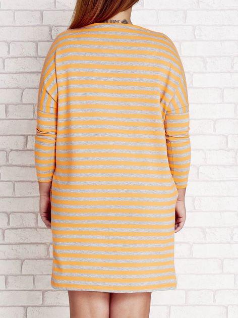 Pomarańczowa sukienka dresowa w paski PLUS SIZE