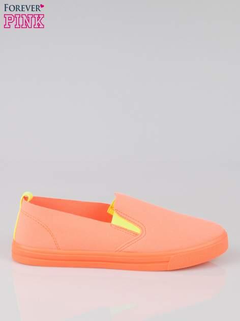 Pomarańczowe buty slip on                                  zdj.                                  1