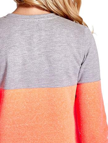 Pomarańczowo-szara bluza z napisem I'M SO ADVERSE                                  zdj.                                  6