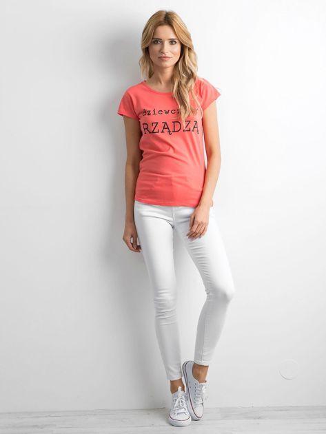 Pomarańczowy t-shirt damski z napisem                              zdj.                              4