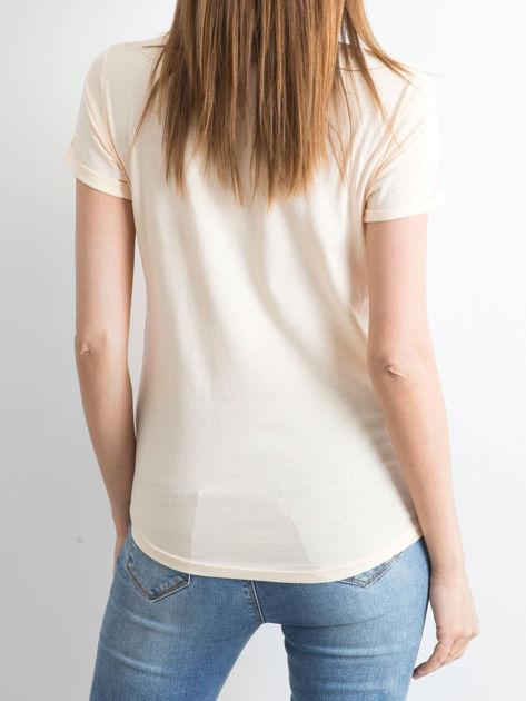 Brzoskwiniowy t-shirt Bustling                              zdj.                              2