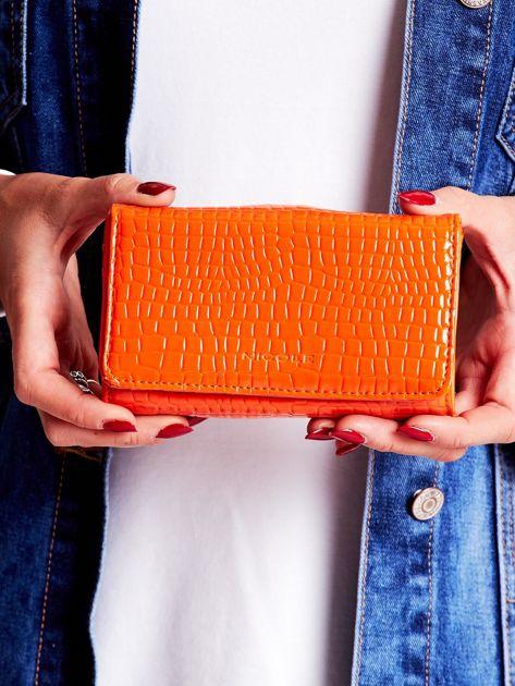 Pomarańczowy tłoczony portfel damski