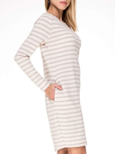 Prosta sukienka w biało-beżowe paski ze złotą nitką                                  zdj.                                  6
