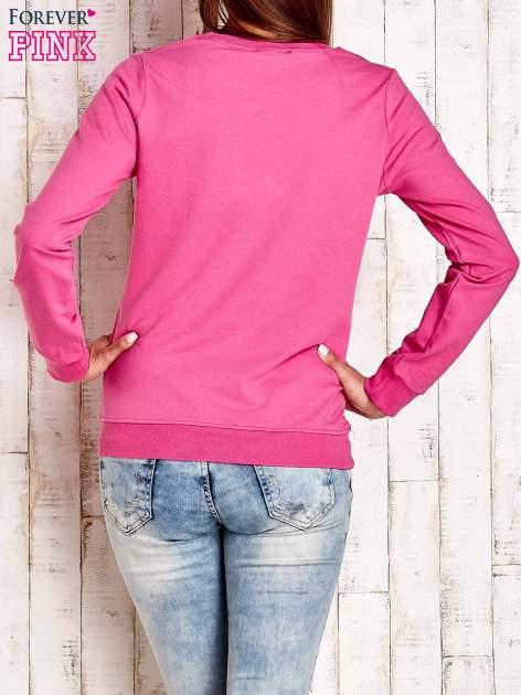Różowa bluza z napisem SMILE HAPPINESS LOOKS GORGEOUS ON YOU                                  zdj.                                  4