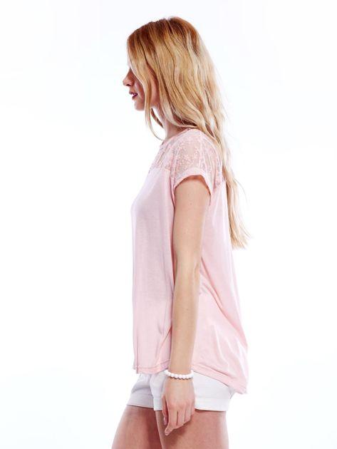 Różowa bluzka z koronkową górą                              zdj.                              5