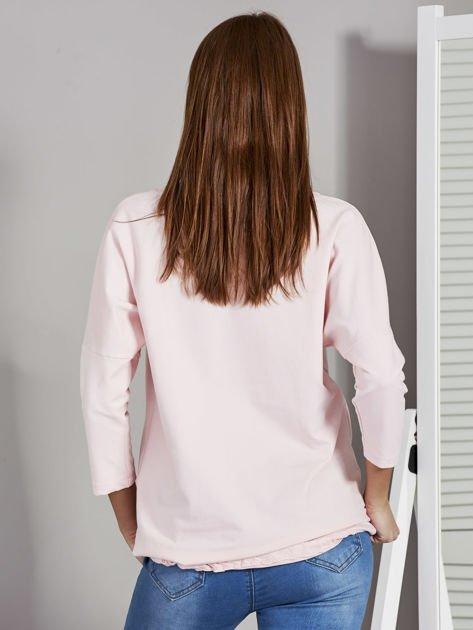 Różowa bluza z motywem motyli                                  zdj.                                  2
