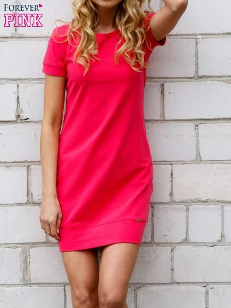 Różowa gładka sukienka ze ściągaczem na dole                                  zdj.                                  4
