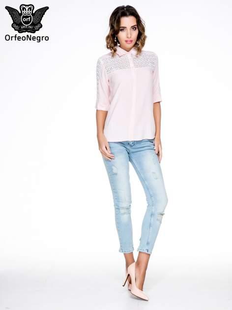 Różowa koszula z rękawem do łokcia i koronką                                  zdj.                                  4