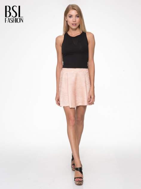 Różowa mini spódnica skater z fakturą                                  zdj.                                  5