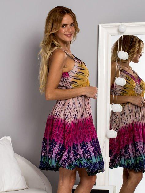 Różowa sukienka dzienna na ramiączka w stylu etno                                  zdj.                                  2