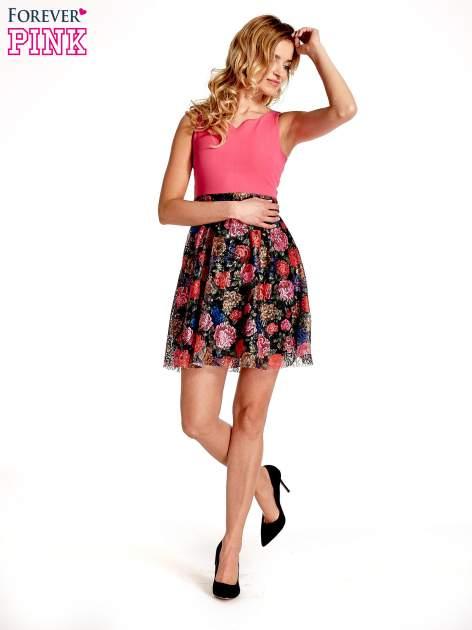 Różowa sukienka z kwiatowym dołem                                  zdj.                                  7