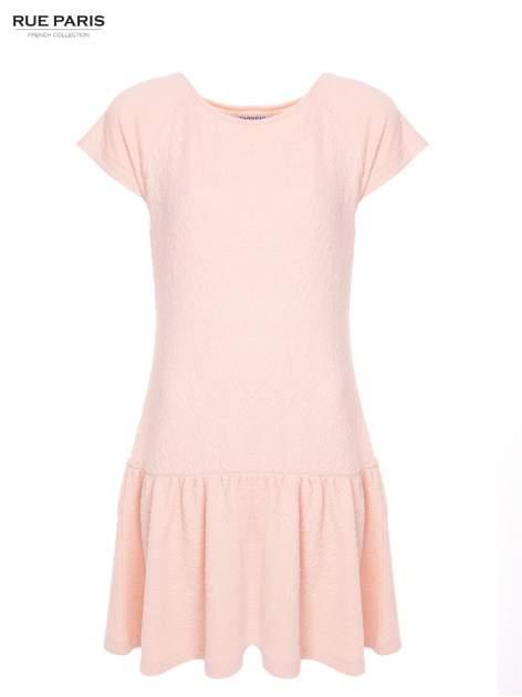 Różowa sukienka z obniżoną talią i falbaną na dole                                  zdj.                                  2