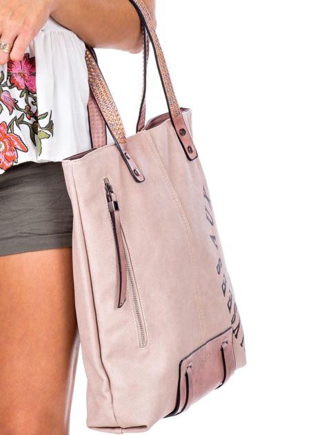 Różowa torba z nadrukiem                               zdj.                              3