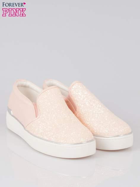 Różowe buty sliponki glitter