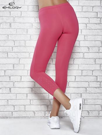 Różowe legginsy sportowe z dżetami na dole nogawki                                  zdj.                                  2