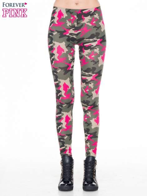 Różowe legginsy we wzór moro                                  zdj.                                  1