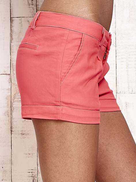 Różowe materiałowe szorty z podwijaną nogawką                                  zdj.                                  6
