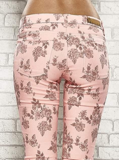 Różowe spodnie rurki w kwiaty Funk n Soul                                  zdj.                                  7
