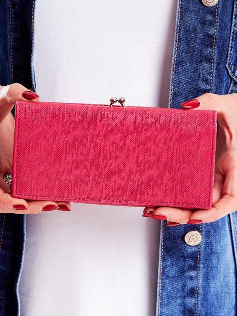 Różowy portfel z zewnętrzną kieszenią na bigiel