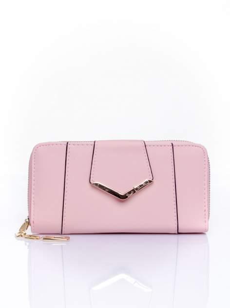 Różowy portfel ze złoconą klamrą                                  zdj.                                  1