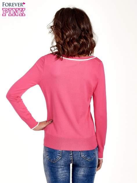 Różowy sweterek z kokardką przy dekolcie                                  zdj.                                  4