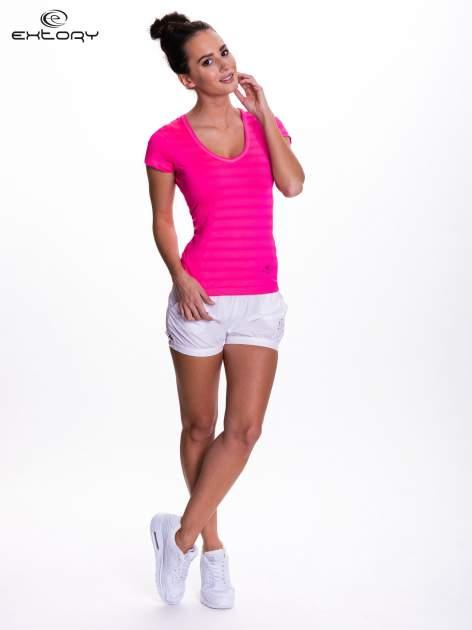 Różowy t-shirt sportowy w paseczki                                  zdj.                                  2