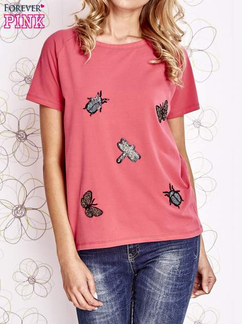 Różowy t-shirt z aplikacją owadów                                   zdj.                                  1