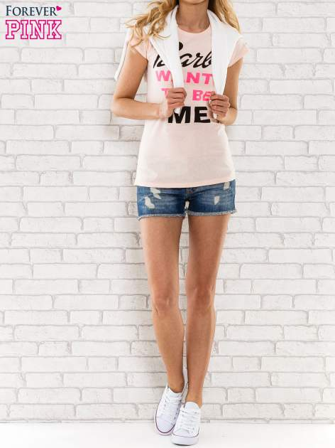 Różowy t-shirt z napisem BARBIE WANTS TO BE ME                                  zdj.                                  2
