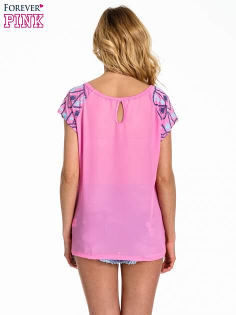 Różowy t-shirt z rękawkami w motyw etno                                  zdj.                                  4