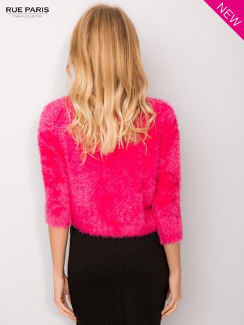 Różowy włochaty sweter z rękawami 3/4                                  zdj.                                  5