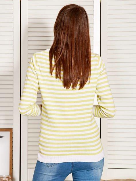 Rozpinany sweter w biało-żółte paski z kieszonkami po bokach                                  zdj.                                  2