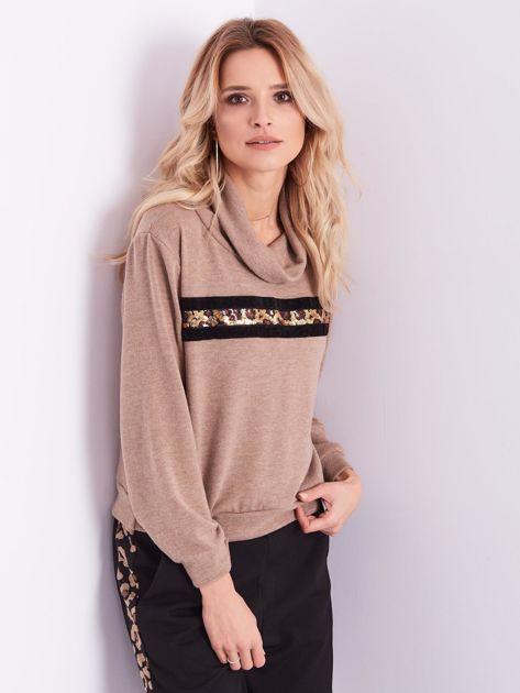 Beżowy sweter golf z cekinowym zdobieniem                              zdj.                              12