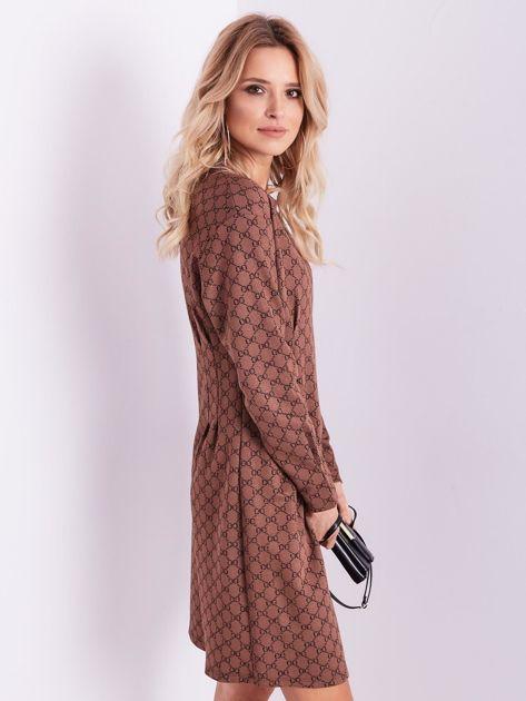Brązowa sukienka ze wzorem                              zdj.                              6