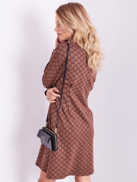 SCANDEZZA Brązowa sukienka ze wzorem                              zdj.                              10