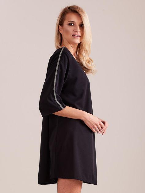 SCANDEZZA Czarna sukienka oversize                              zdj.                              5