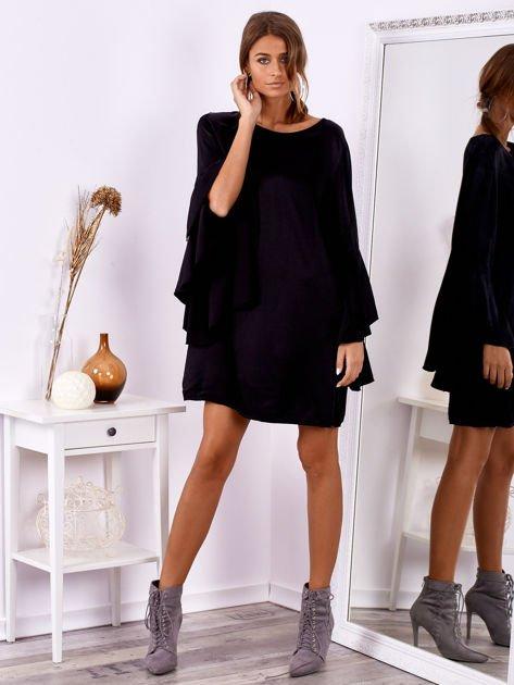 Czarna sukienka z hiszpańskimi rękawami                              zdj.                              1
