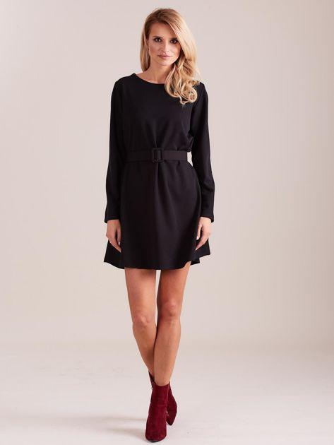 SCANDEZZA Czarna sukienka z paskiem                              zdj.                              5