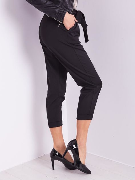 SCANDEZZA Czarne spodnie cygaretki                              zdj.                              7