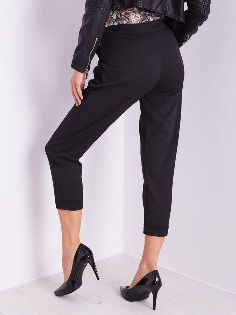 SCANDEZZA Czarne spodnie cygaretki                              zdj.                              3