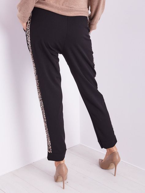 Czarne spodnie z motywem zwierzęcym                              zdj.                              8
